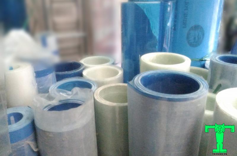 Tôn nhựa lấy sáng dạng phẳng