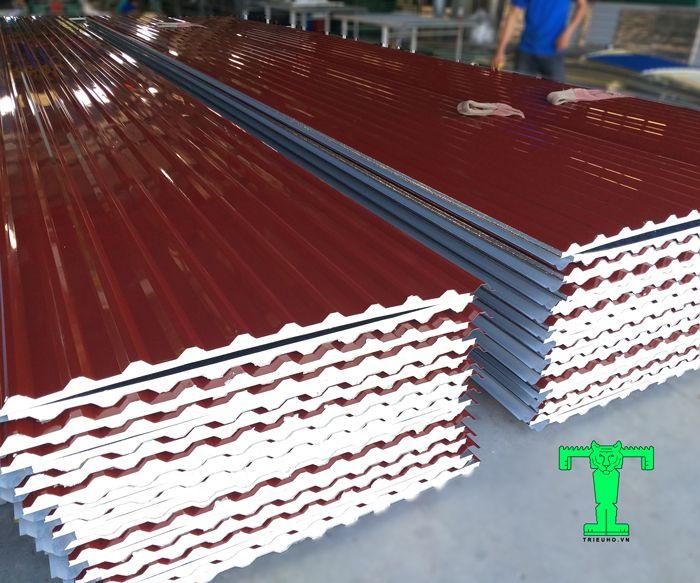 Tôn cách nhiệt là vật liệu lợp mái phổ biến nhiều công trình