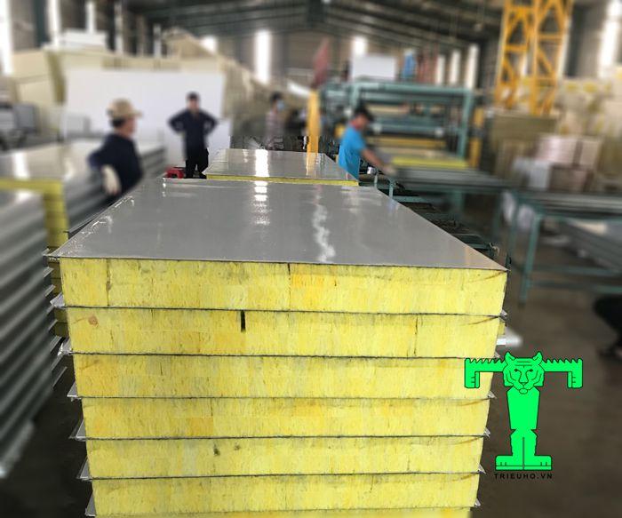 Lưu ý lắp đặt tấm Panel cách nhiệt cần tính toán độ giãn nở của sản phẩm khi đưa vào thi công