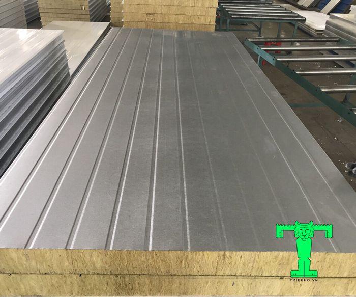 Panel lò sấy chống cháy giúp công trình cách nhiệt rất tốt, chống cháy cực an toàn và độ bền cao