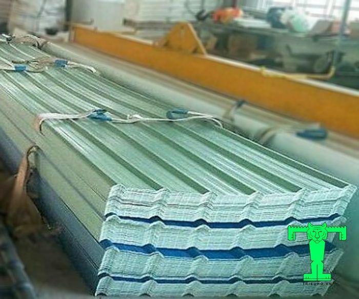 Tôn nhựa PVC có nhiều dạng sóng và màu sắc khác nhau